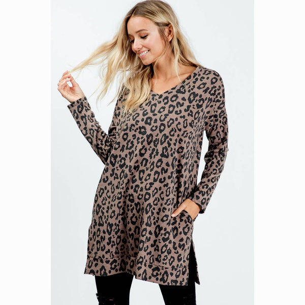 LEOPARD V-NECK FRENCH TERRY TUNIC
