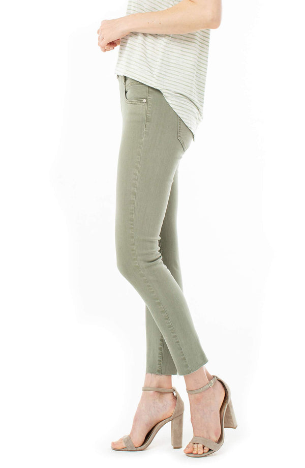 GIA GLIDER CROP JEAN IN SAGUARO PALM