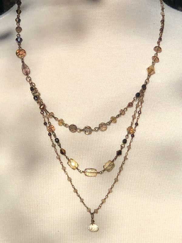NEUTRAL HUES NECKLACE