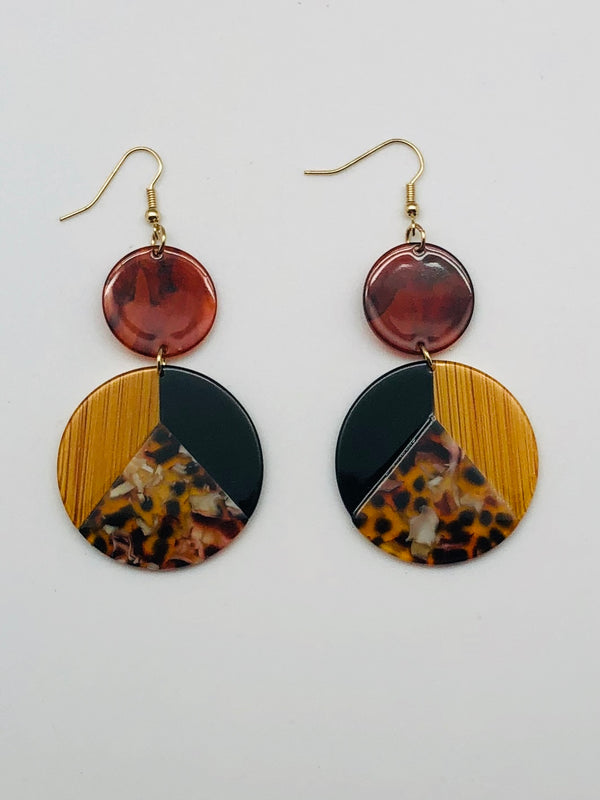 TRI-COLORED ACRYLIC EARRINGS
