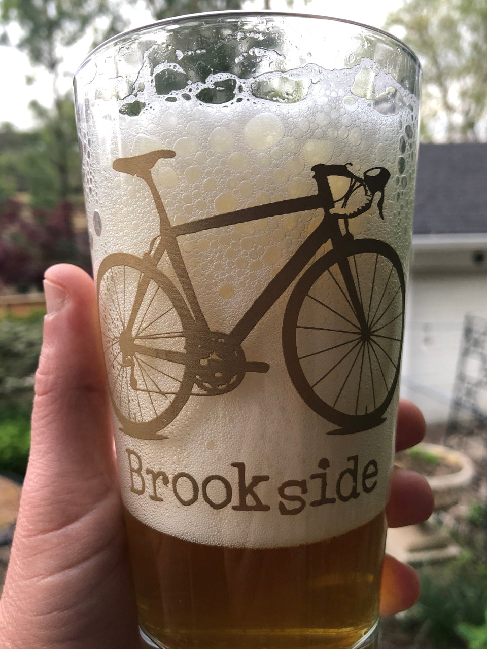 BROOKSIDE PINT GLASS
