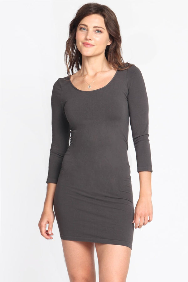 SEAMLESS 3/4 SLEEVE LAYERING TUNIC