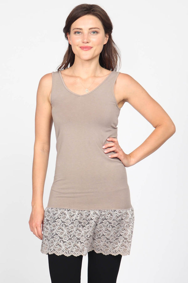 REVERSIBLE VNECK/SCOOP TANK WITH LACE