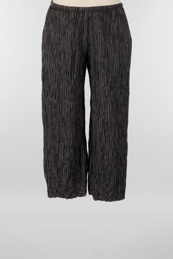 CROPPED PANT WITH DARTS