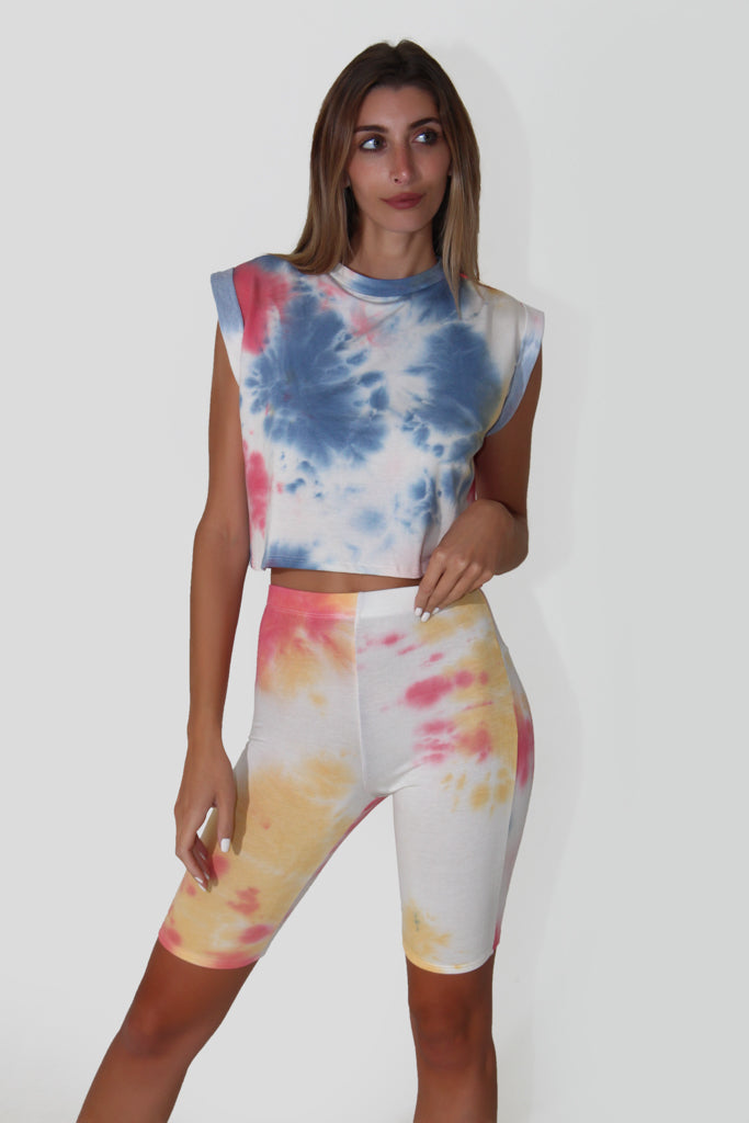 COLOR ME TOP
