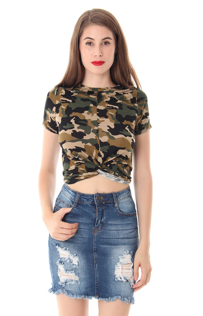 KNOT YOUR CHICK CROP TOP