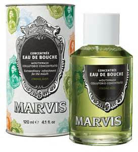 Marvis Mouthwash in Strong Mint