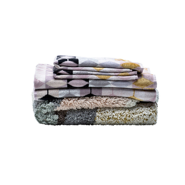 Fidelis Bath Towel and Vulcan Rug Pack