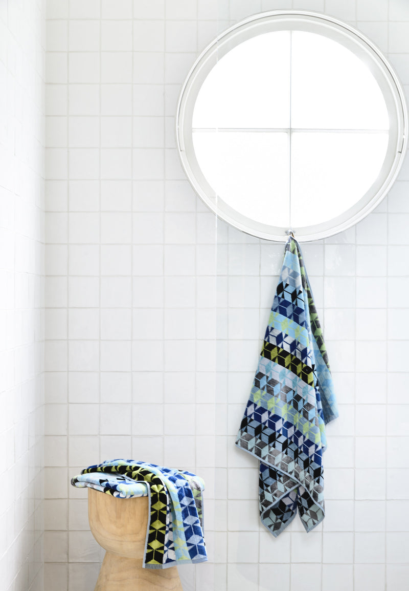 Serenus Bath Towel Bathroom Makeover Set