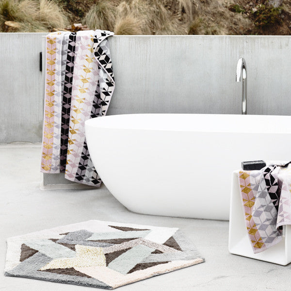 Fidelis Bath Sheet and Vulcan Rug Pack