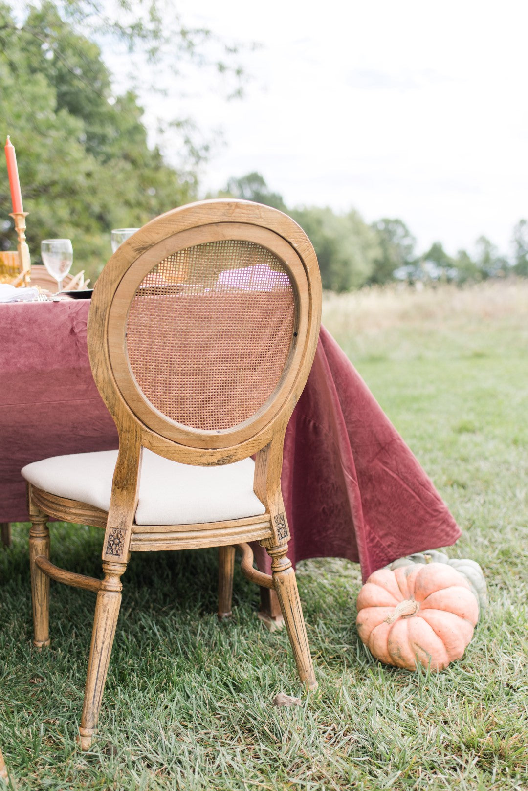 vintage chairs for a fall wedding