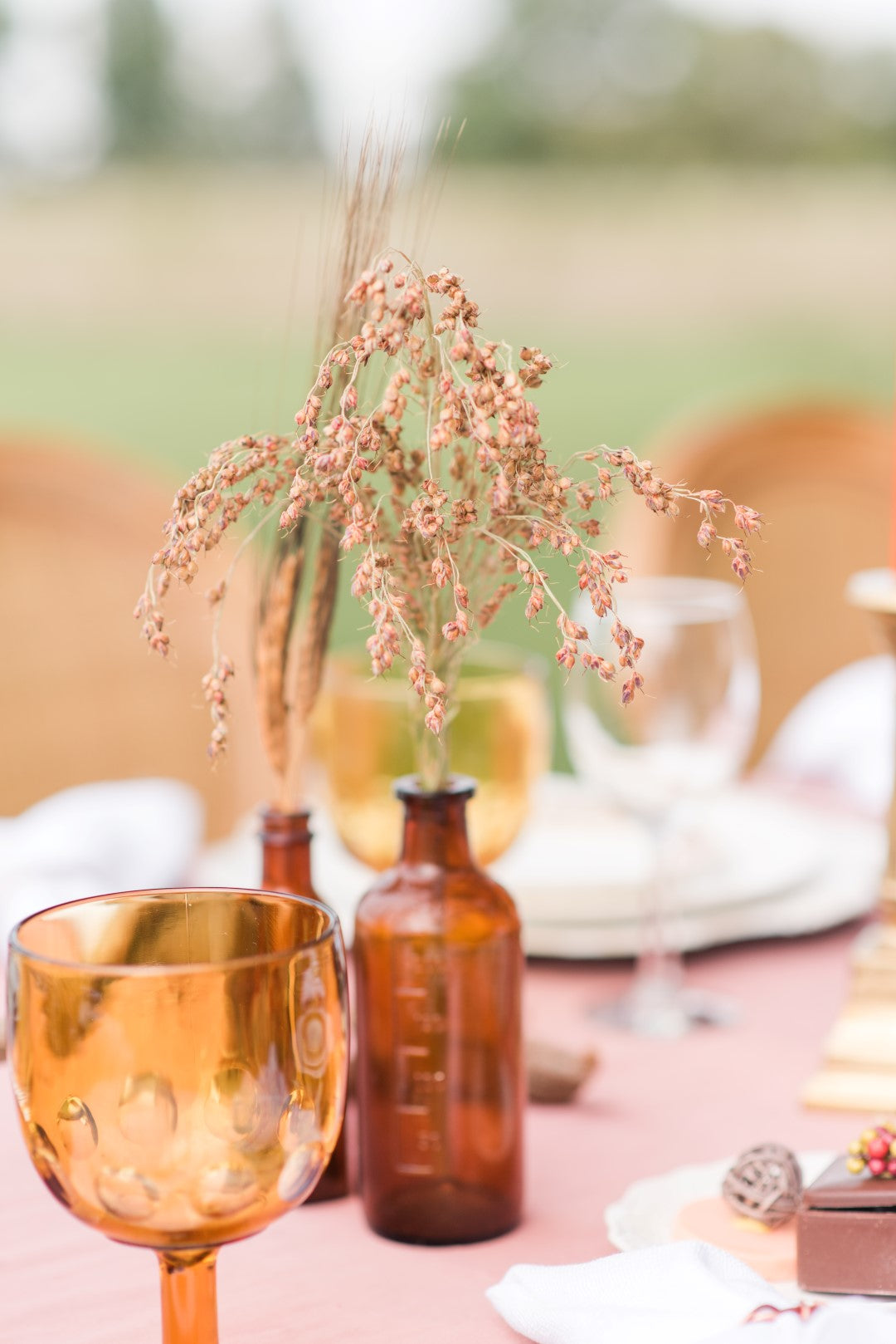 fall wedding trends in table decor