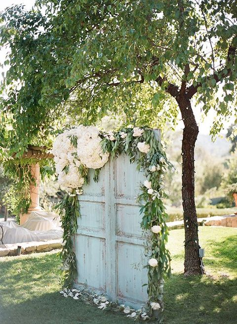 Best Wedding Photo Booth Backdrops