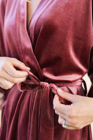 mauve velvet and lace robe close up of the outer sash