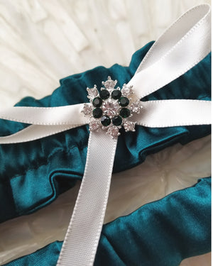 Heirloom Forest Green Bridal Garter Set with Ivory Bow
