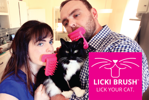 Licki Brush