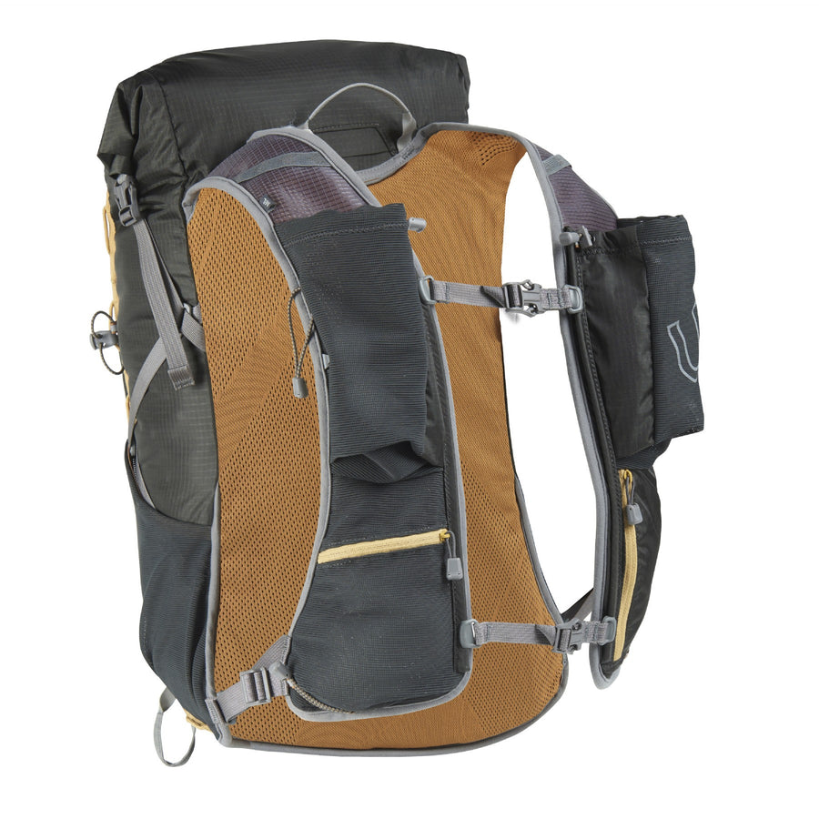 Ultimate Direction Fastpack 25 Running Backpack