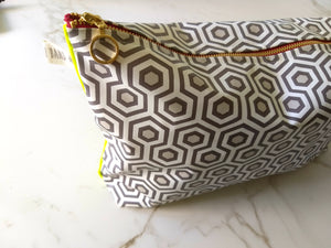 POUCH HEXAGONS