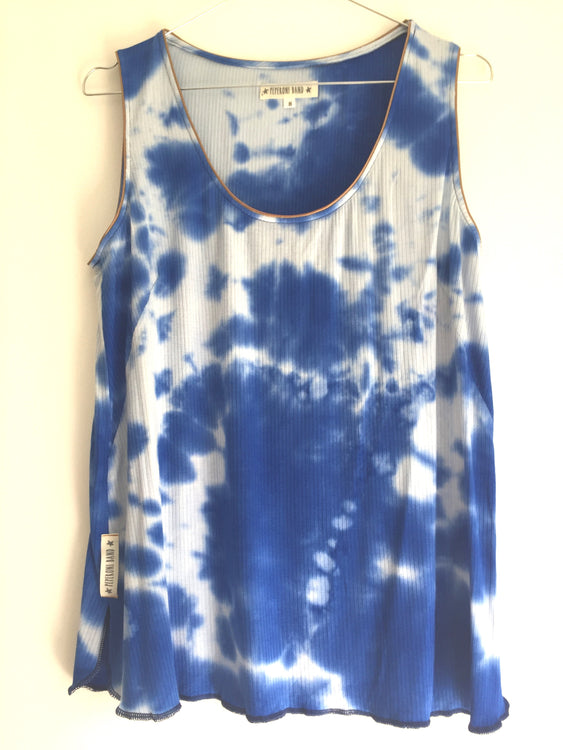 "Camiseta ""discoloration"" azul"