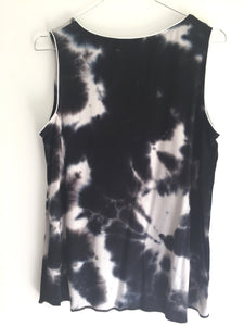 "Camiseta ""discoloration"" negra"