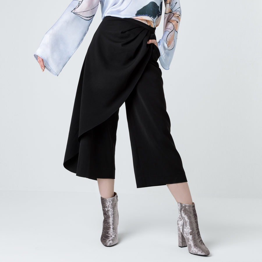 Wrapped Culottes- Black/White