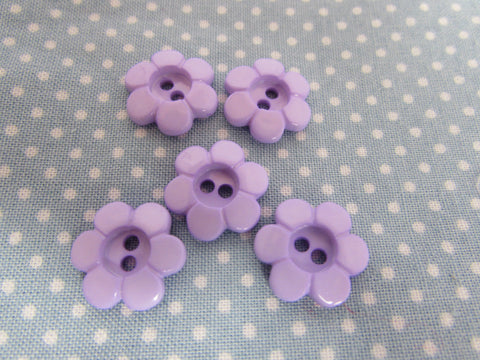 Lilac Daisy Button