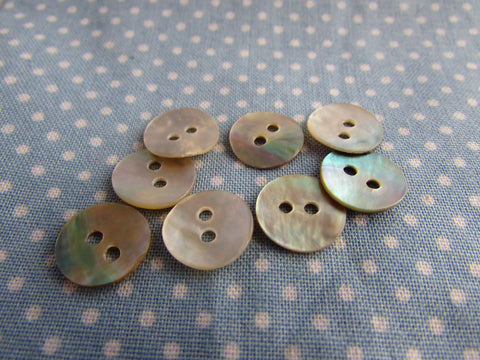 Round Mother of Pearl Buttons