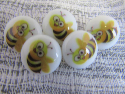 Round Bumble Bee Buttons