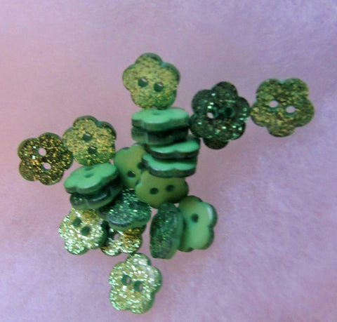 10mm Green Glitter Flower Buttons