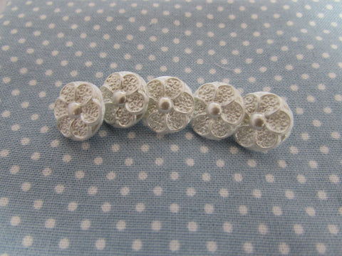Pearl Flower Buttons