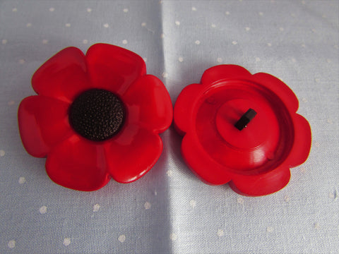 Large Poppy Buttons