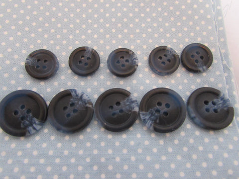 15mm & 20mm Navy Buttons with Light Blue Pattern