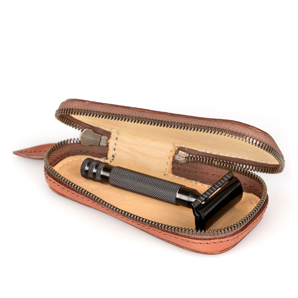 Fendrihan Leather Zip Safety Razor Case by Ruitertassen and Fendrihan Stainless Steel Razor, Save $10 Leather Razor Case Fendrihan