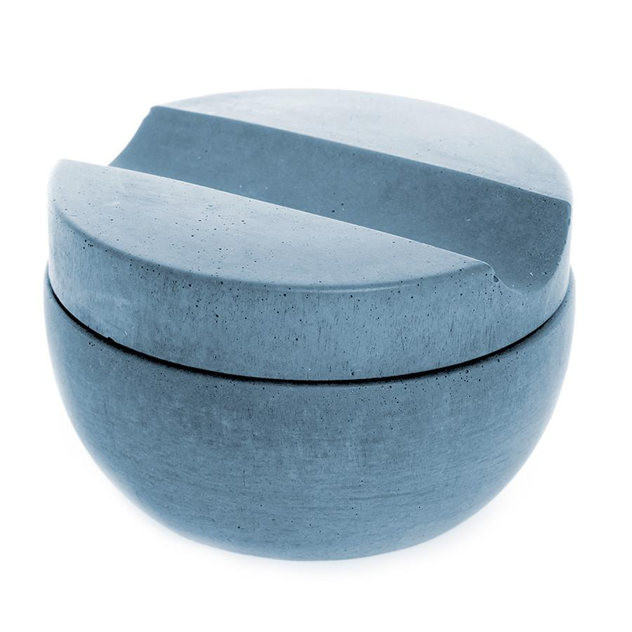 Iris Hantverk Concrete Bowl and Lid with Muhle Sandalwood Shaving Soap Shaving Soap Iris Hantverk Blue