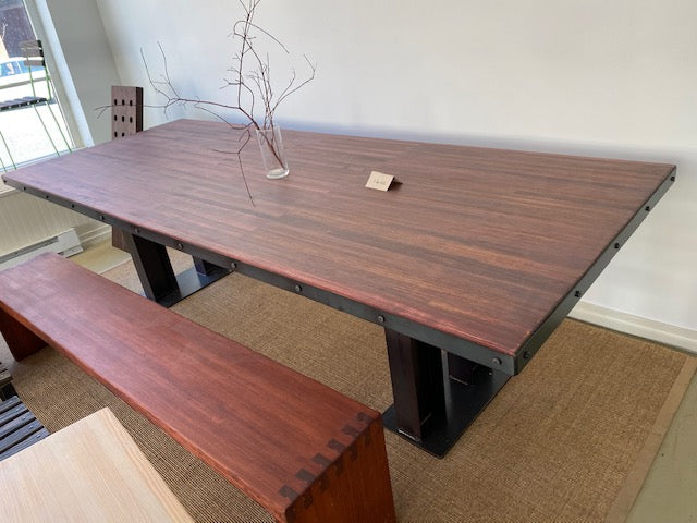 NEW CITYPOINT Dovetail Dining Table