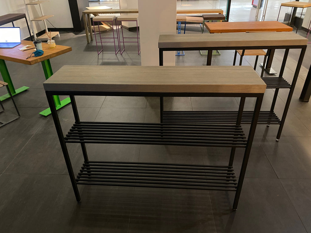 CITYPOINT Splashups Console with shelves