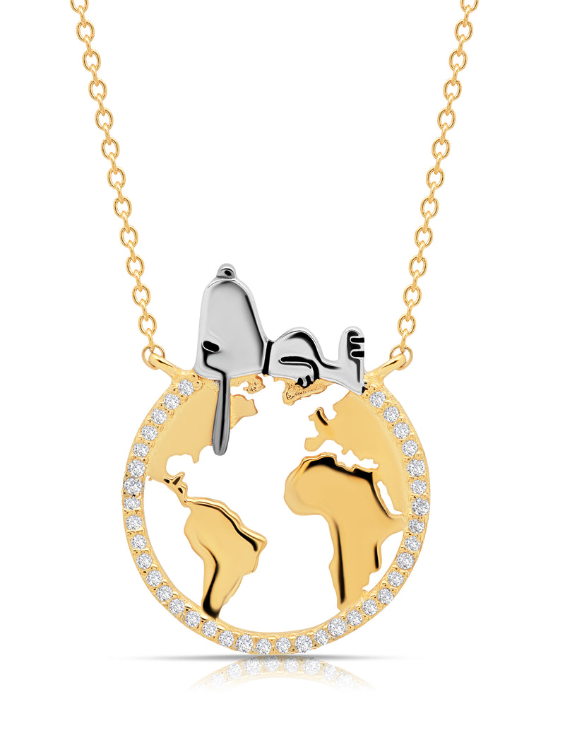 Snoopy on the World Necklace in 18kt Yellow Gold