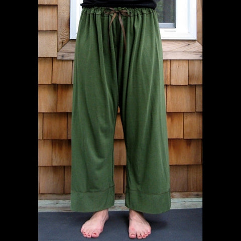 Bamboo Dream Pants: Loose-Fitting Yoga Pants for Women in Olive Green, Length 1