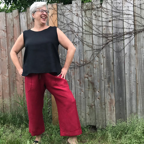 "Model is 5'6.5"" or 169cm 