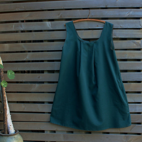"Deep Jade Alone (comes with belt of same fabric). Please see the ""Sizing"" tab to your right for sizes."