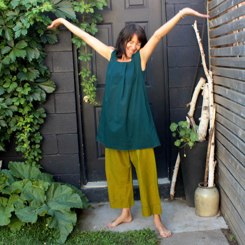 Light Weight Cotton Hot Weather Smock: With Pockets and Optional Belt