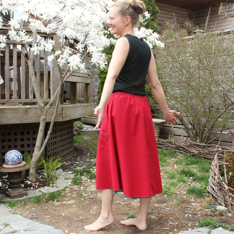 "Model's Height 5""5 1/2"" or 166cm<br>Oh Canada! Special Edition Cotton Skirt<br>Length: Longest"