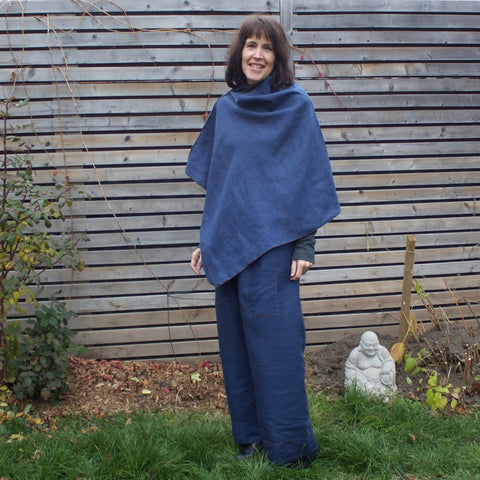 "100% Linen Shrug in the colour ""Deep Sapphire"". The model is 5'8"" or 173cm tall. <br>Paired with<a href=""/products/linen-dream-pants-loose-fitting-yoga-pants-for-women"" target=""_blank""> Dear Lil' Devas Linen Dream Pants </a>"
