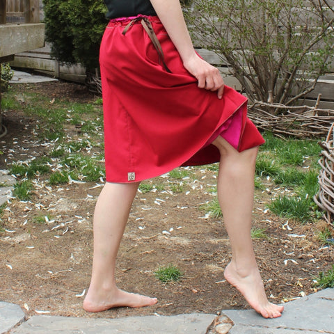 "Model's Height 5""5 1/2"" or 166cm<br>Oh Canada! Special Edition Cotton Skirt with Sunset Pink slip underneath<br>Length: Shorter"