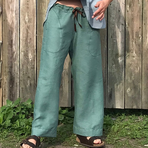 Linen TOWN Pants: Loose-Fitting Everyday Pants for Women. Showing Top of Pants | Pant Colour: Tarnished Copper, Pant Cut: Slim-mer