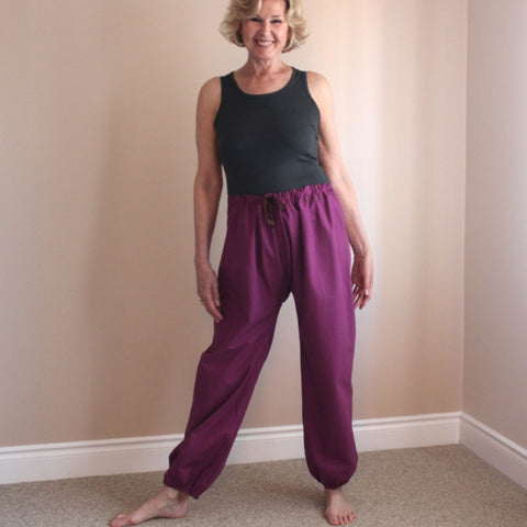 Thicker Cotton Dream Pants: Loose-Fitting Yoga Pants for Women<br>Colour: Plum, Bottom Pantleg Choice: with Elasticized Cuff