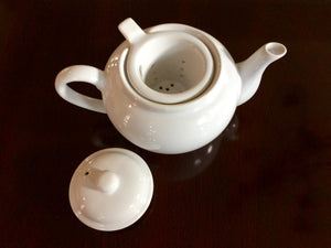 Perfect 3-Cup Ceramic Tea Pot with Self Strainer