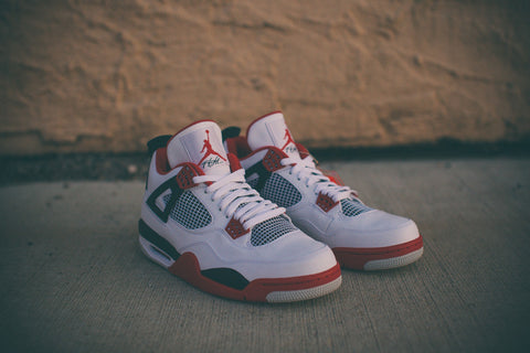 "AIR JORDAN RETRO 4 IV ""FIRE RED"" 308497-110"