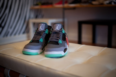 "AIR JORDAN RETRO 4 ""GREEN GLOW"" 308497-033"