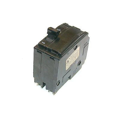 SQUARE D  16  AMP 2- POLE CIRCUIT BREAKER 120/240 VAC  Q0215  (10 AVAILABLE)